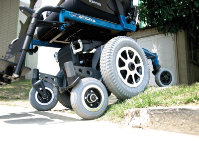 Atigra 1.1 power wheelchair suspension system