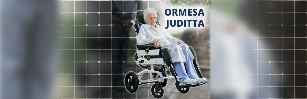 How to transfer someone from a wheelchair to bed: Use the Juditta Wheelchair